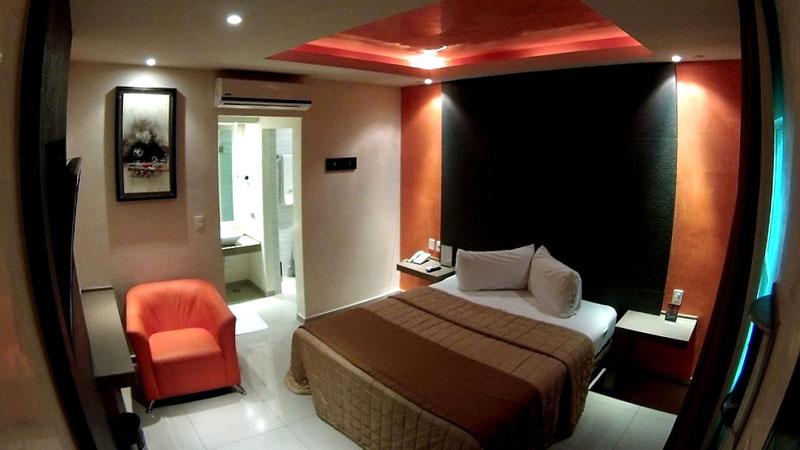 hotel-white-800×450